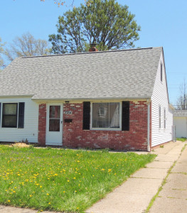 3 Bed – 1 Bath Cape Cod for Rent in Euclid | Incredibly Charming!