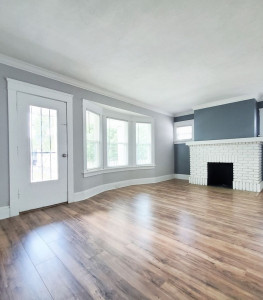3 Bed – 1 Bath 2nd-Floor Duplex Unit for Rent in Cleveland Heights!