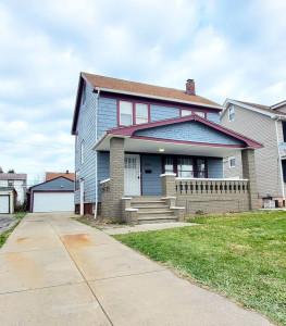 3 Bed – 1 Bath Colonial for Rent in Maple Heights | Newly Renovated!
