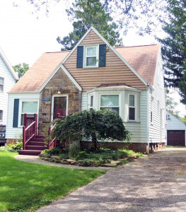 4 Bed – 1.5 Bath Bungalow for Rent in South Euclid!
