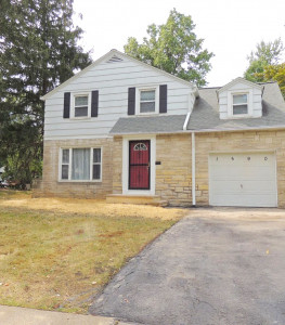 3 Bed – 1 Full Bath Colonial for Rent in Cleveland Heights!