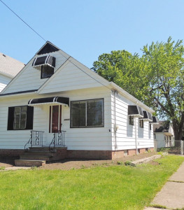 3 Bed – 2 Full Bath Cape Cod for Rent in Euclid | Amazing!