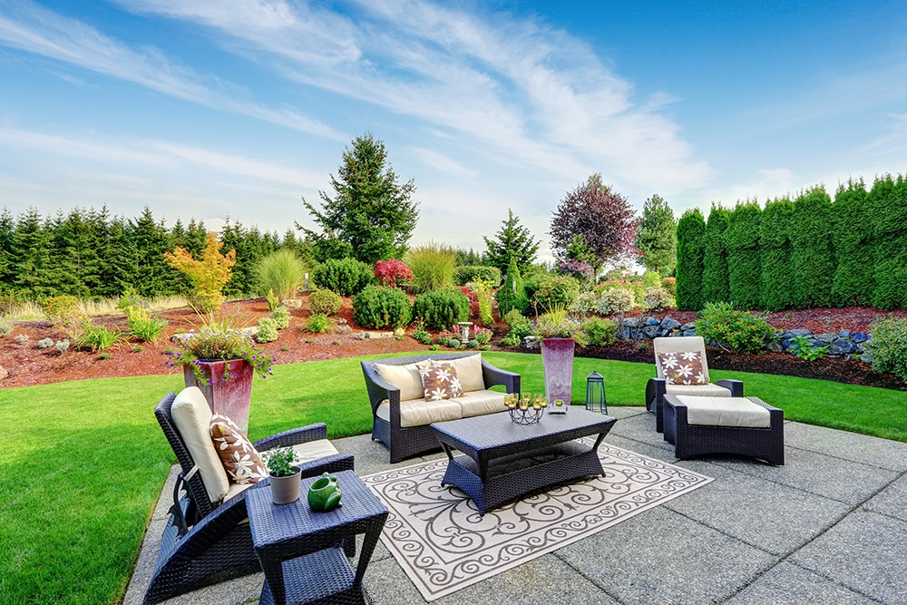 , The Hottest Summertime Trends for Outdoor Living Spaces